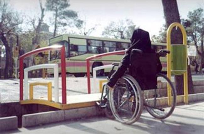 حقوق معلولان زیر بار زیرساختهای نامناسب شهری پایمال میشود