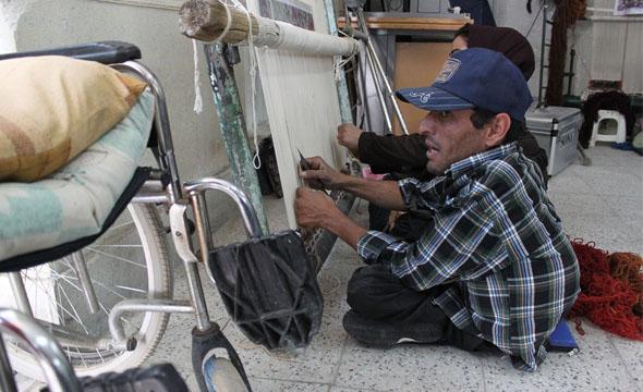 معلولانی که برای خودکفایی فرصت میخواهند