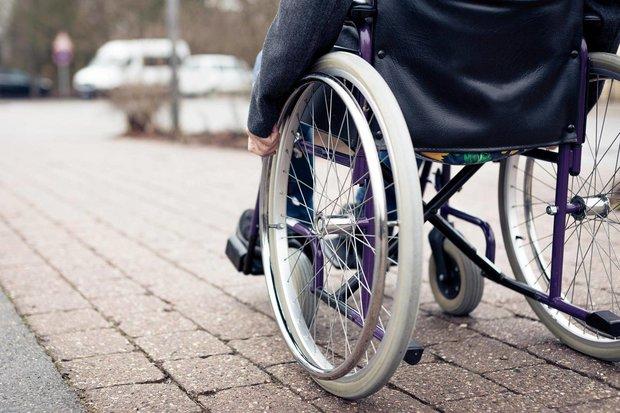 بیکاری معلولان و قوانین روی زمین مانده