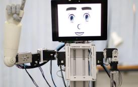 ساخت ربات پیشرفته برای ارتباط با کودکان ناشنوا