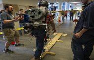 رقابت اسکلت های بیرونی با هدف افزایش توانایی امدادگران و آتشنشانان