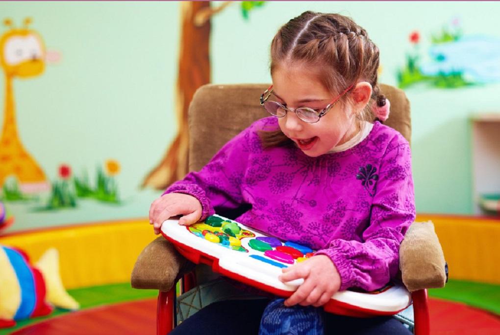 ظرفیت های معلولان در فرهنگ نادرست جامعه گم شده است