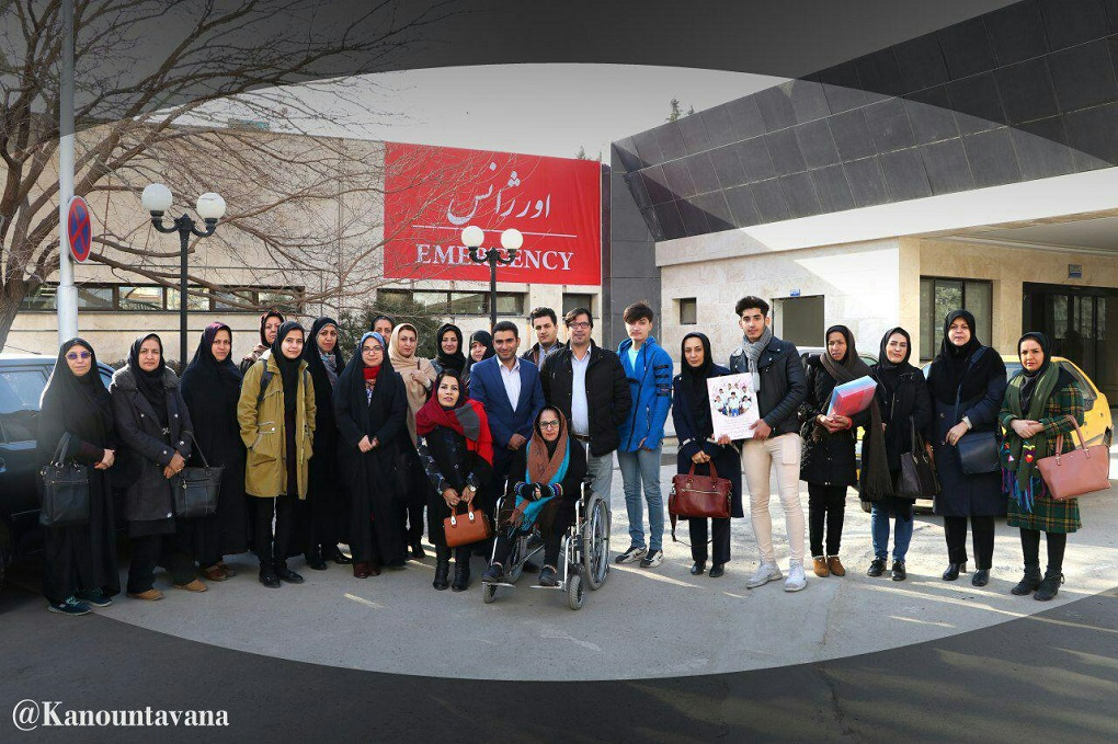 تبریک به پرستاران توسط اعضای کانون توانا و اعضای شورای شهر قزوین
