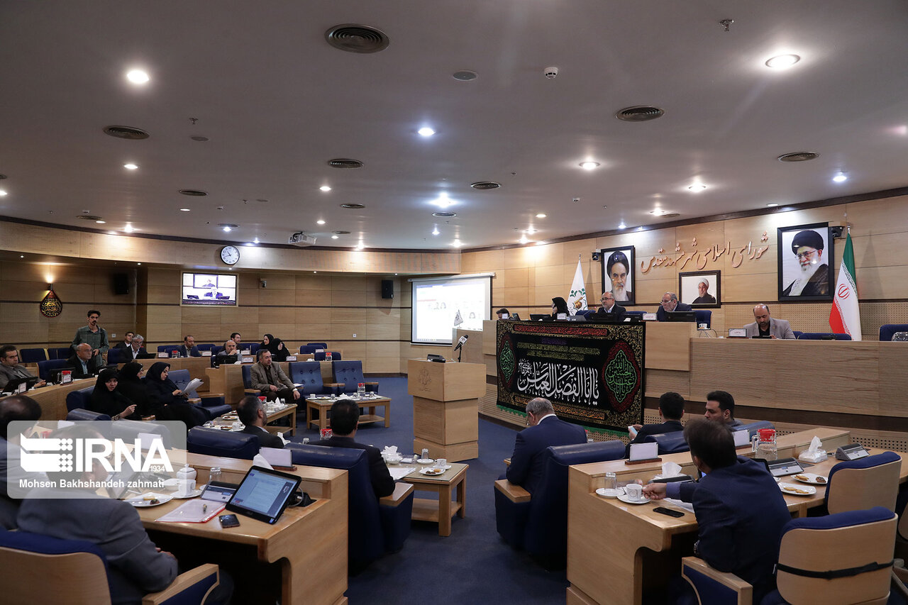 شورای اسلامی شهر مشهد با حمل و نقل عمومی رایگان برای معلولان موافقت کردند