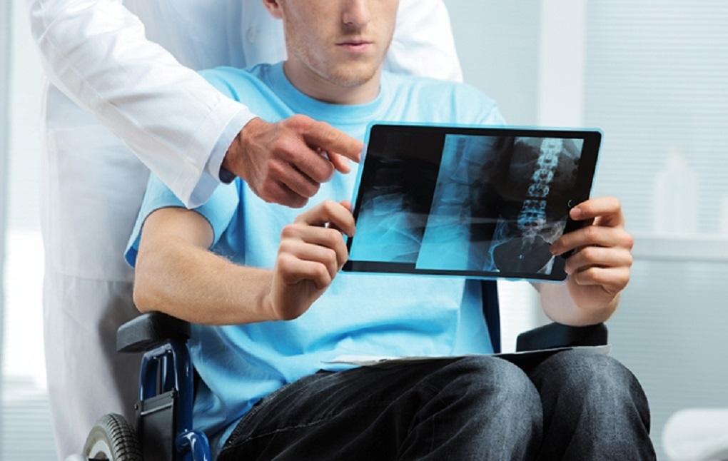 نگاهی بر مشکلات معلولان ضایعه نخاعی
