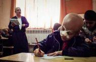 ماهانˈ و معلم فداکارش در جشنواره ملی شعر کودک در اصفهان حضور یافتند