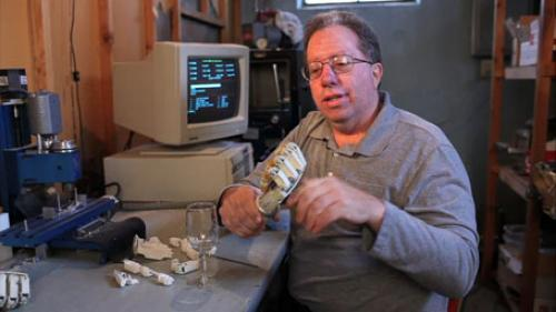 دست مکانیکی اختراع برتر سال 2011