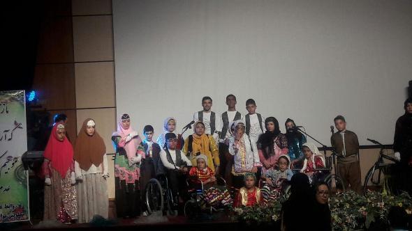 دوازدهمین جشنواره دانشآموزان ممتاز کانون توانا شعبه الوند برگزار میشود