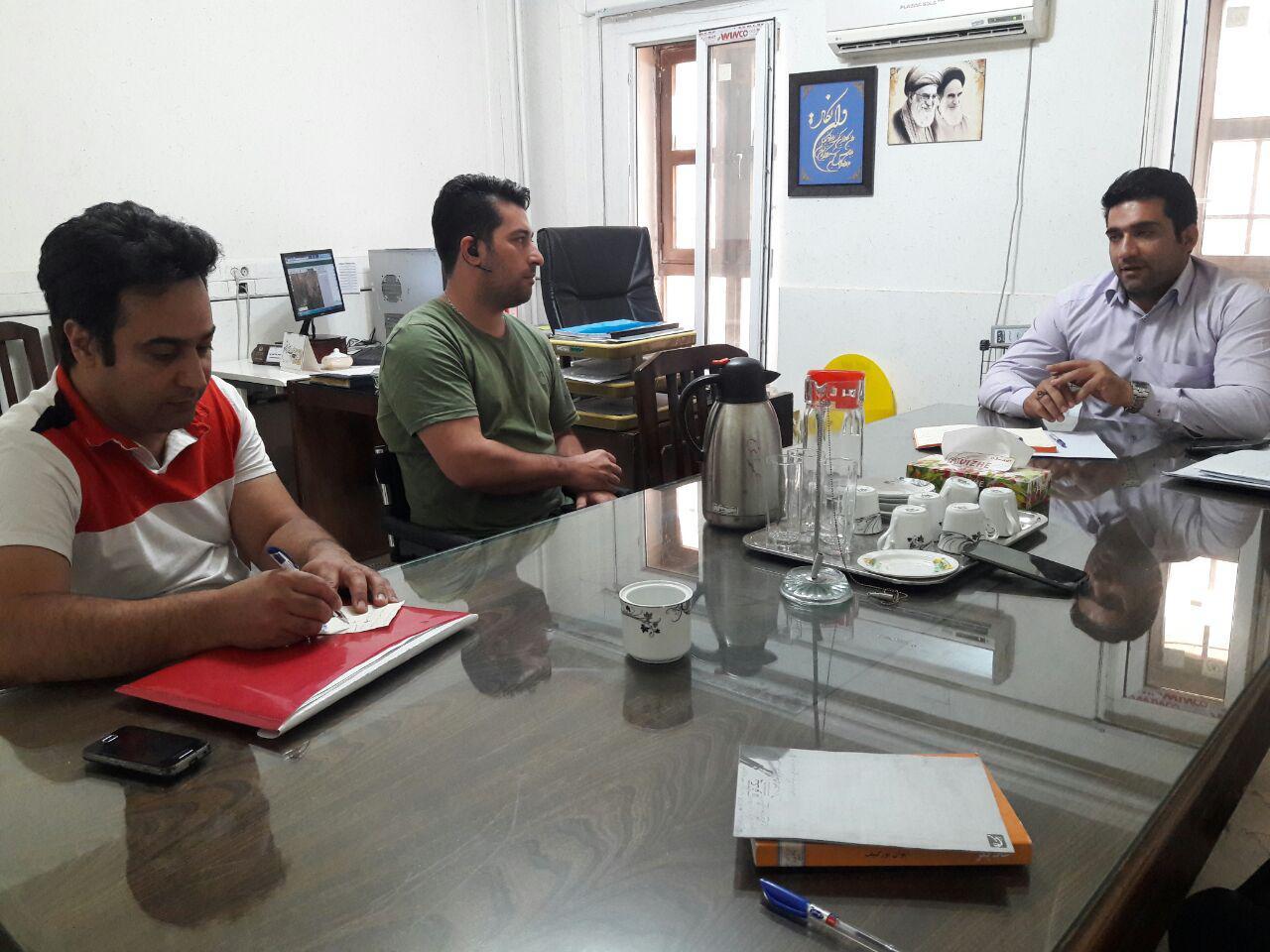 نشست مدیرعامل کانون توانا با سرپرست معاونت عمرانی شهرداری منطقه دو قزوین