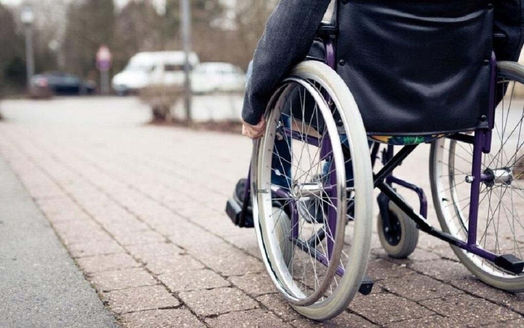 اولیای معلولان شدید معافیت مالیاتی میگیرند