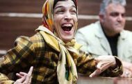 چهار بانوی معلول که لبخند می کشند