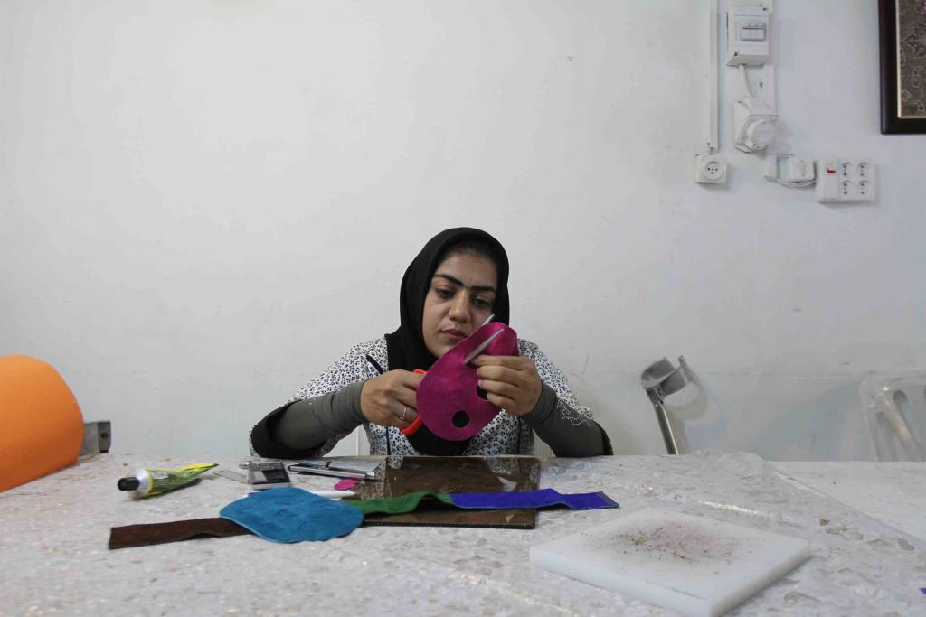 هنر های دستی توسط معلولین